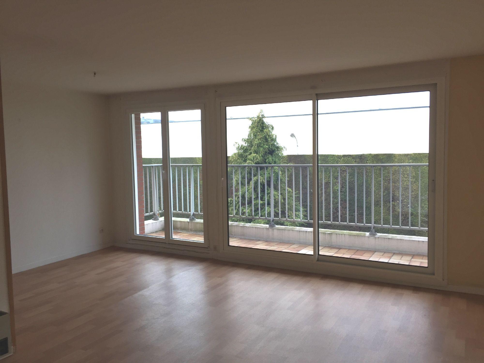 Vente appartement valenciennes prix 116 000 hni for Prix appartement